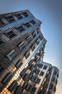 Gehry-Gebäude am Düsseldorfer Medienhafen